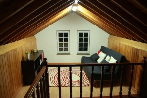 Beach house to rent in Flores Island