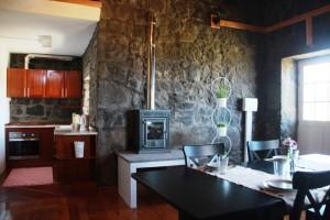 Moinho da cascata - cozinha e sala de jantar